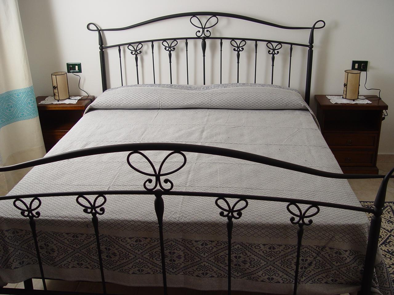 Appartamenti bilocali alinos for 2 appartamenti della camera da letto principale