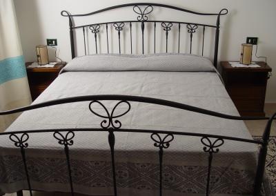 appartamento - particolare della camera da letto (1)