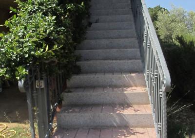 scala di accesso appartamento 02